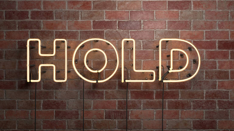 hold3-770x433